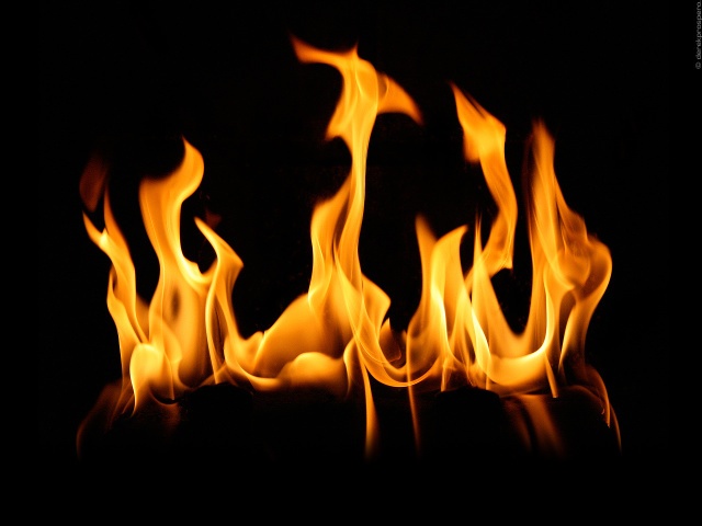 Creative_Wallpaper_Flame_of_Fire_013659_29